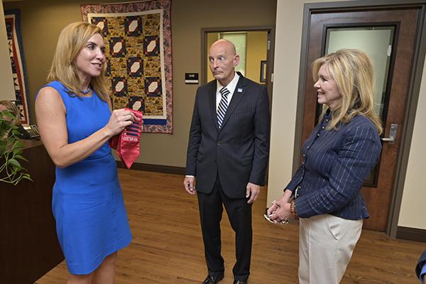 MTSU Daniels Veterans Center leaves impression on Sen. Blackburn