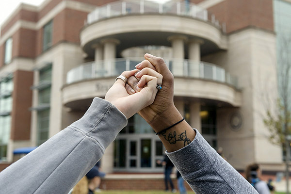 Campus links in unity for 'Hands Across MTSU' event