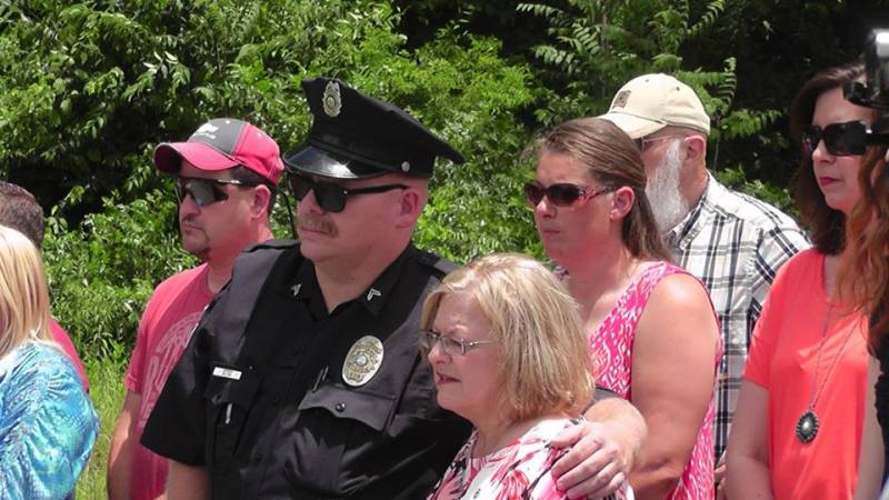 Road named in honor of Deputy Prater