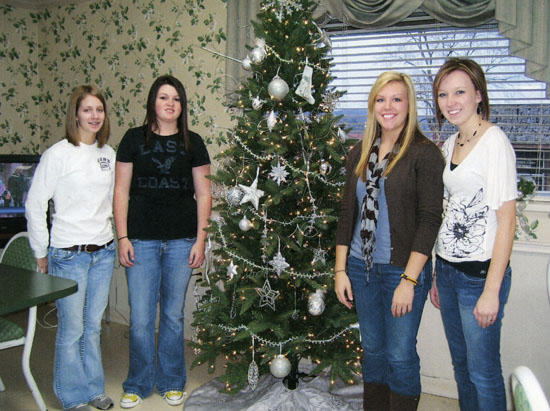 HOSA Provides Help For The Holidays
