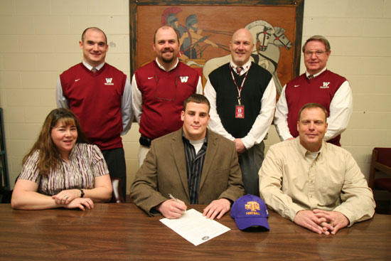 Bush Signs Scholarship With Tennessee Tech