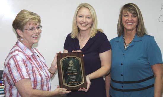 Auburn School Wins Attendance Award