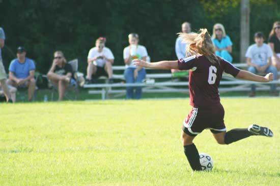 Lionettes Fall In Soccer Opener