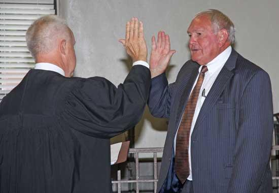 PHOTO GALLERY: Cannon County Elected Officials Take Oath Of Office