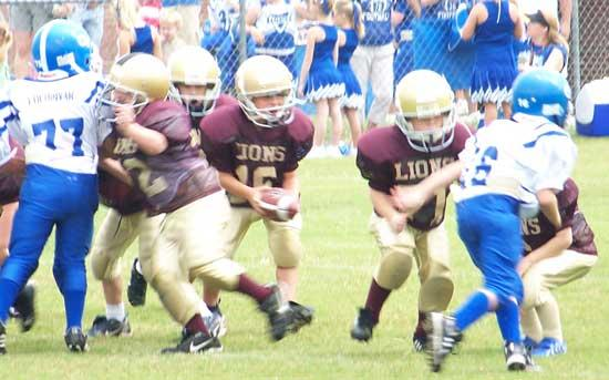 Cannon County Pee Wee Football Lions Take On Smith County