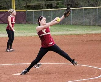 Lionettes Show Early Promise On Diamond