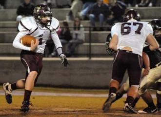 Owl That Hurts: Smith Co. Thrashes Lions, 61-8