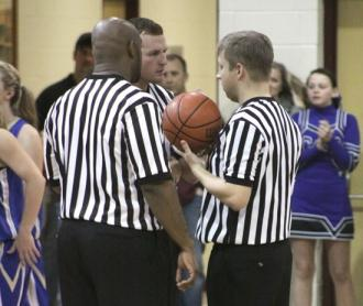 Refs Bail Out Livingston For Win Over Lionettes
