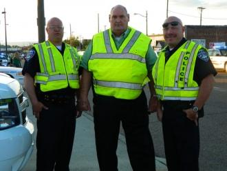 Local Officers Provide Helping Hands